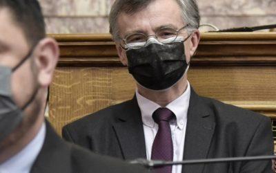 Διπλή μάσκα:Όσοι δεν πήγαμε από κορωνοιό θα πάμε απο αναπνευστικό!!!